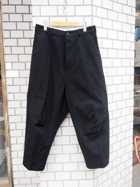 ≪SALE/セール/30%OFF≫[送料無料]FORME D' EXPRESSION/TAILORED BAGGY PANTS.  [43-162-0007]