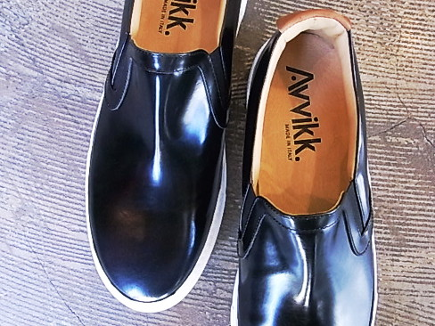 [セール/SALE/30%OFF][送料無料]AVVIKK/black lether with white sole Slip on.[Kiitu-Platform Cup][35-151-0004]