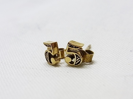 【SALE 30%OFF】Comfort Station:Lucky no.5(studs) gold N5G[49-122-0018]