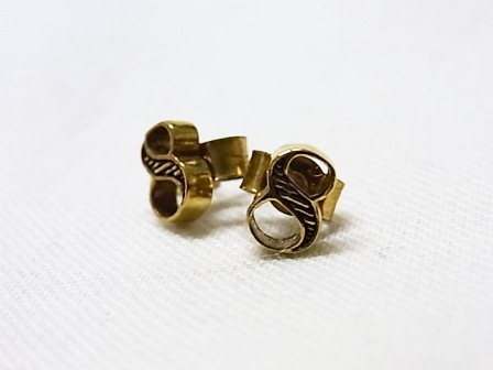 【SALE 30%OFF】Comfort Station:Lucky no.8(studs) gold FO8[49-122-0020]