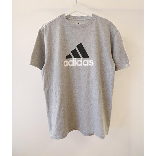 adidas クルーネックTシャツ