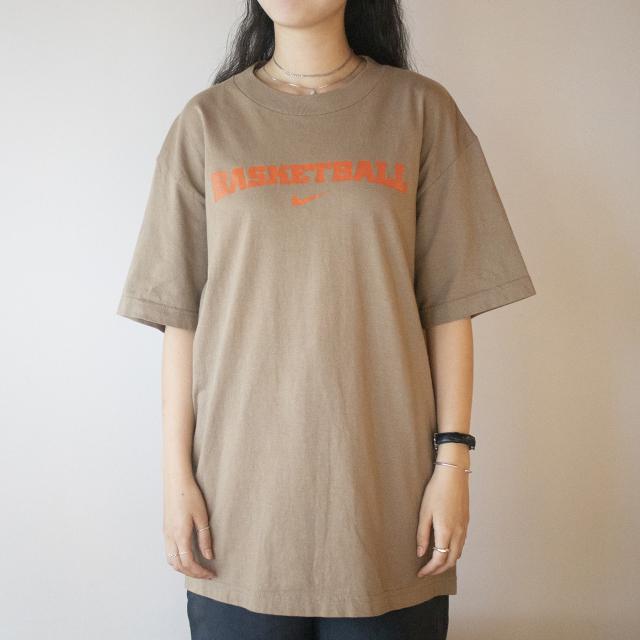 BASKETBALL NIKE Tシャツ