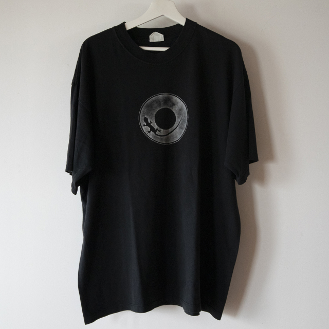 トカゲ黒Tシャツ
