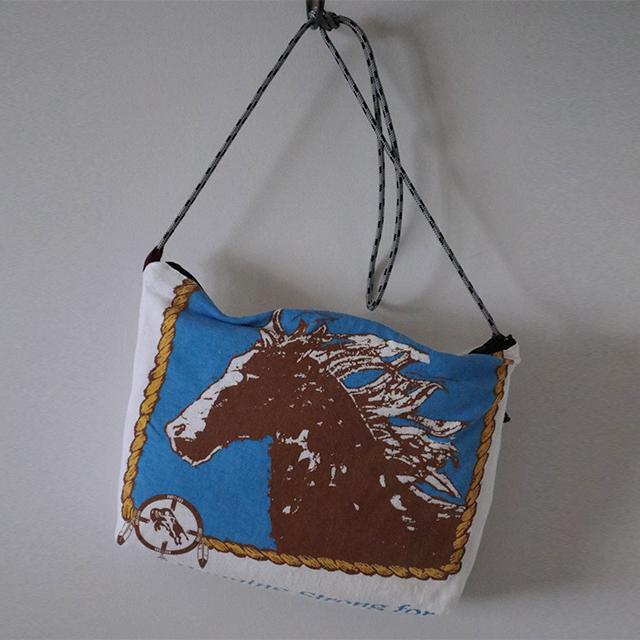 Horse pt サコッシュ
