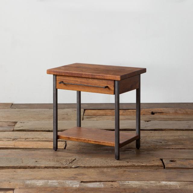 GRANDVIEW END TABLE(グランドビュー エンドテーブル)