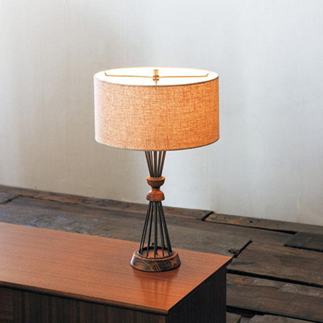 BETHEL TABLE LAMP