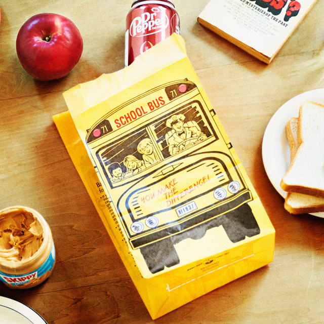 "LCL Waxed paper bag : ワックスペーパーバッグ""School bus"""
