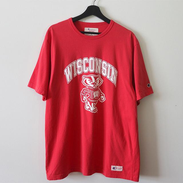 WISCONSIN キャラクターTシャツ