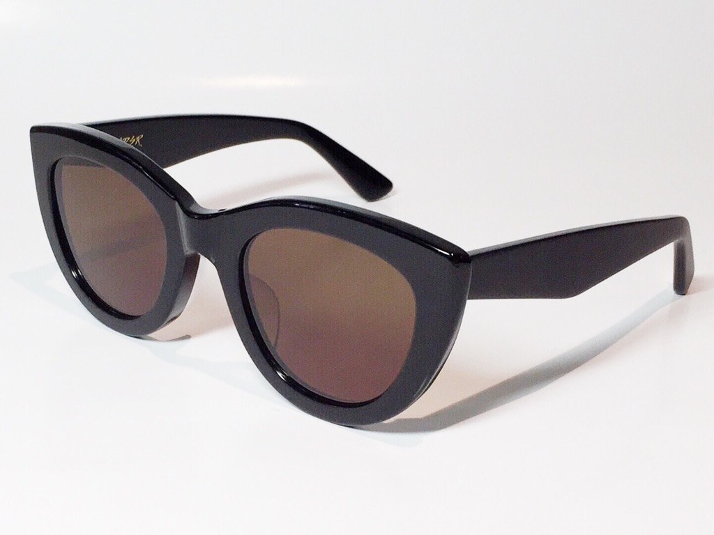 【送料無料】A.D.S.R.(エーディーエスアール) LAURYN  01 ( Shiny Black & Matte Black / Brown Lens )