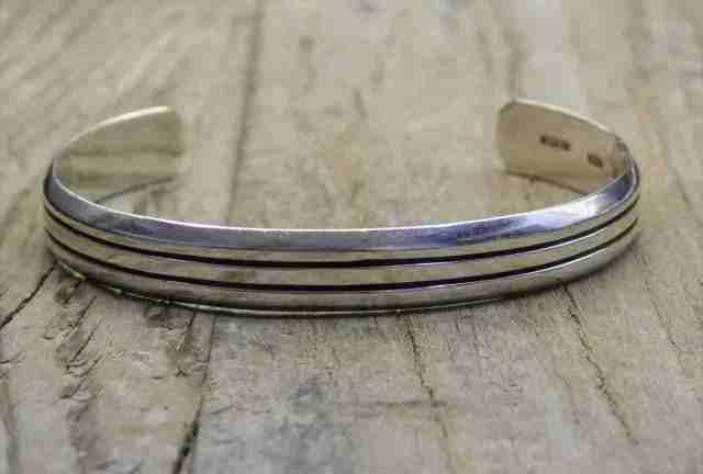 【送料無料】Vintage Mexican Silver 925 Bangle Bracelet  (B033) ヴィンテージ シルバー アクセサリー ブレスレット