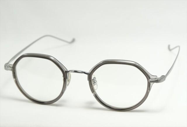 NEW. (ニュー)  TULI 【チュリ】  C1 (Clear Grey)