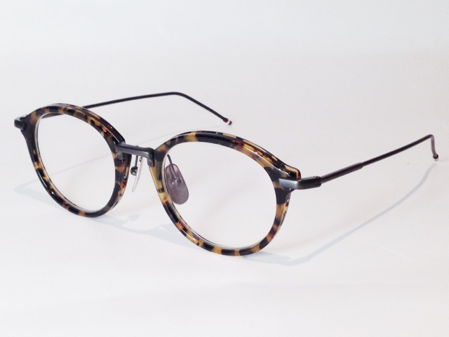 【送料無料】 THOM BROWNE(トム ブラウン) TB-011B-49 ( TOKYO TORTOISE - BLACK IRON METAL BRIDGE AND TEMPLES / CLEAR LENS)