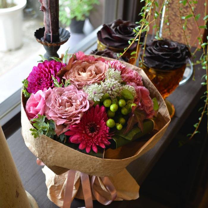 フローリストうめづ そのまま飾れる不思議な花束マジカルブーケ