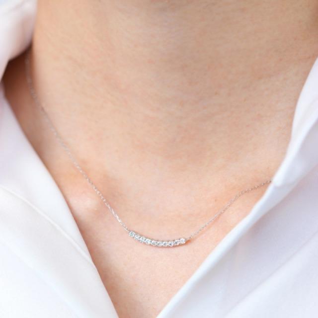 ダイヤモンドラインネックレス