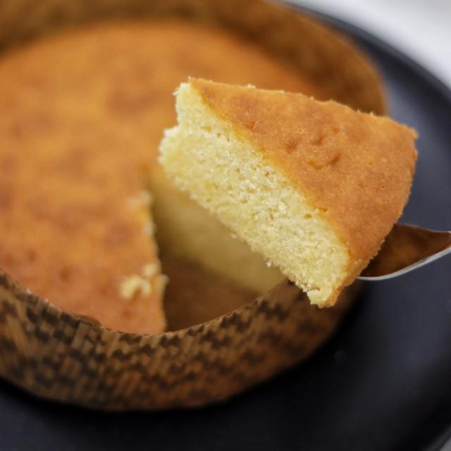 ガトーマルシェ 山梨県産小麦を使用したバターケーキ