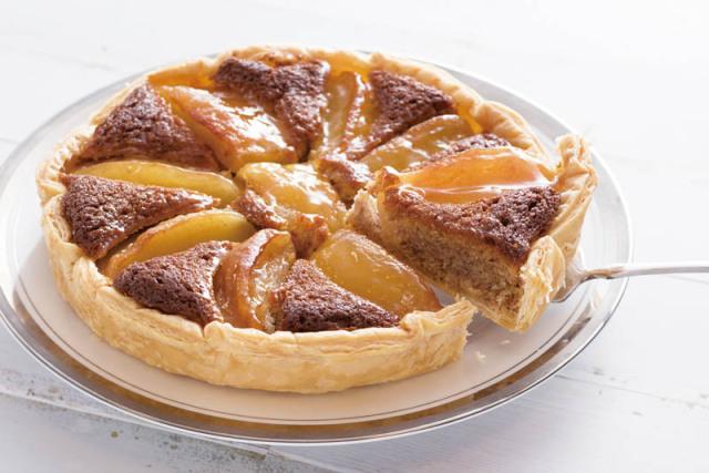 恵那「銀の森」真っ赤な果実のアップルパイ