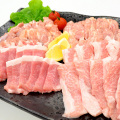 とり豚の4種盛合せ焼肉セット1kg