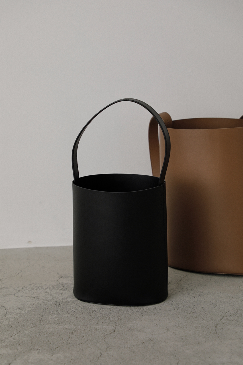 Leather bucket mini bag