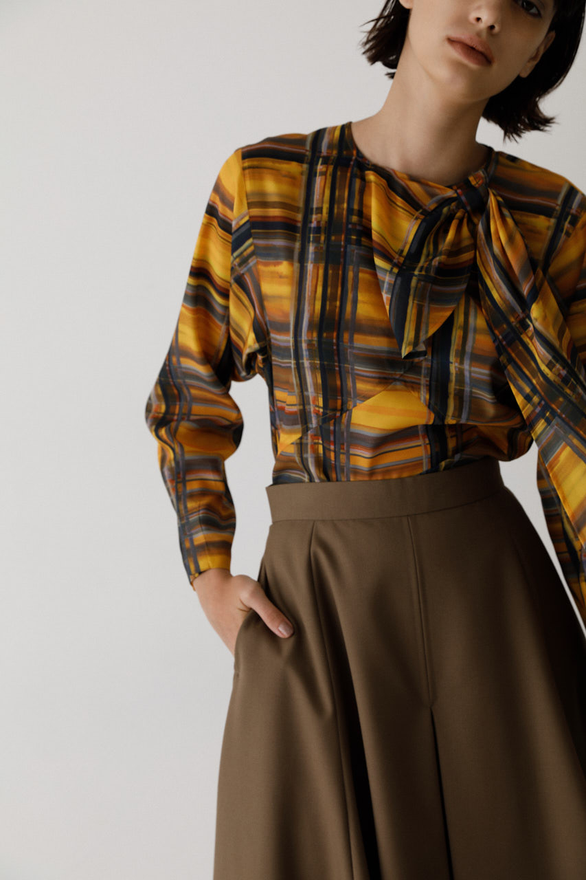Modern check stole tops