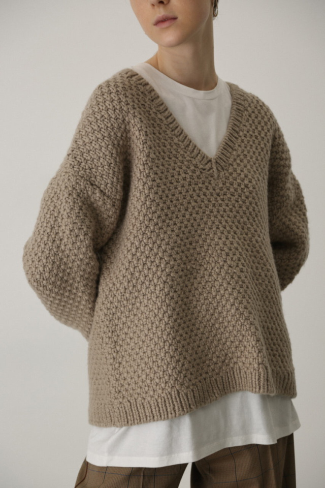 Vneck relax knit tops