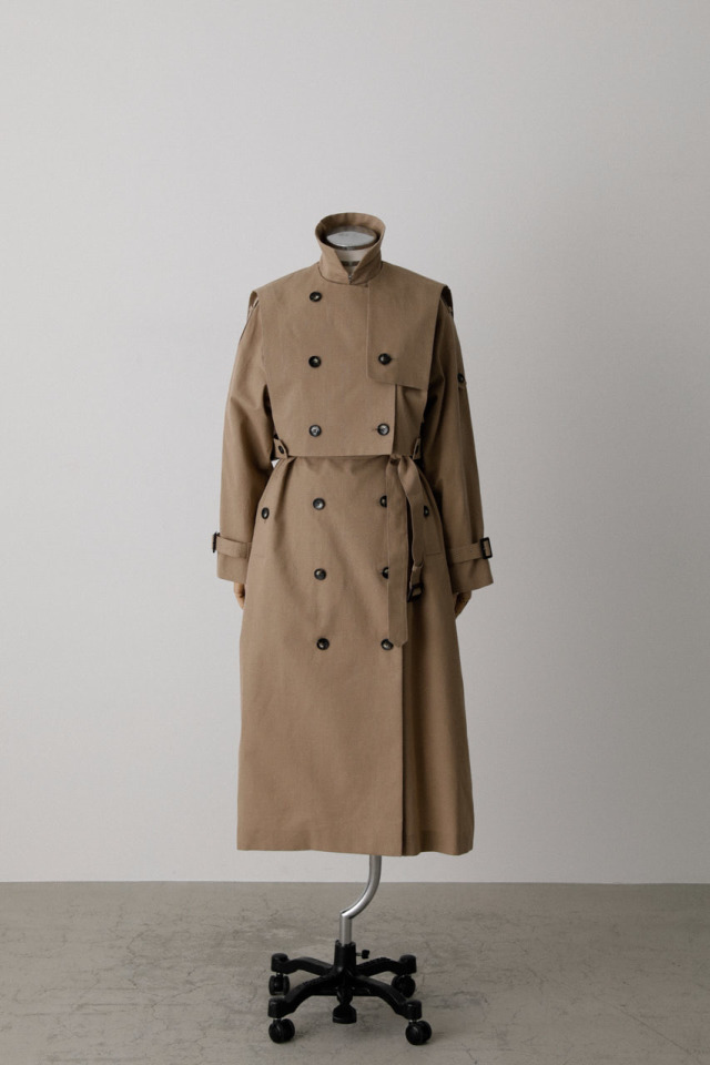 Arrange over size trench coat