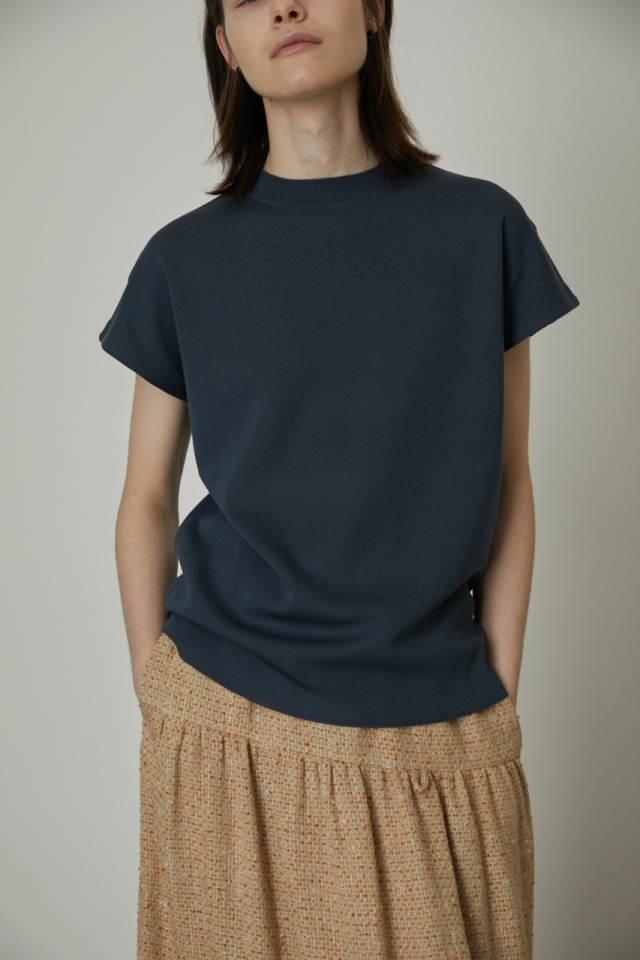 French sleeve box knit