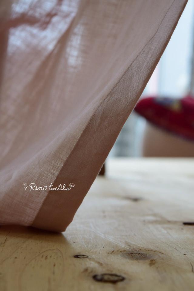 やさしいピンクのカーテン