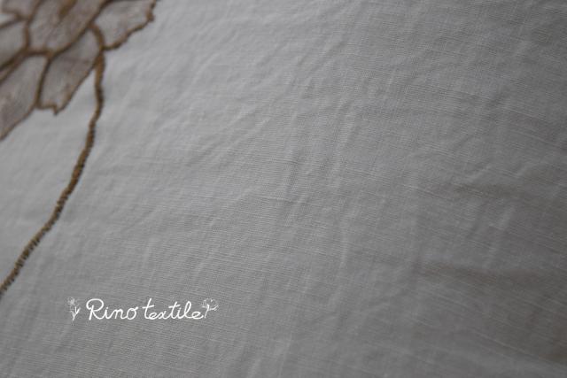 リノルージュ ホワイト刺繍入りクション