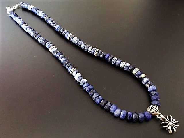 SODALITE BEADS NECKLACE ROGO ソーダライトビーズネックレス ロゴ