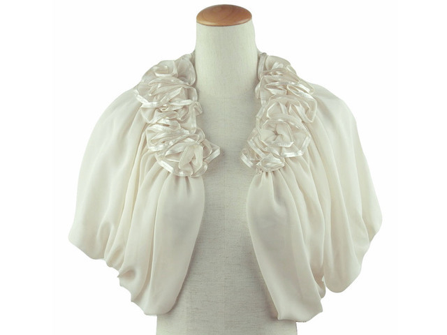 ボレロ 結婚式 華やかな襟元フリルが素敵なボレロ ベージュ