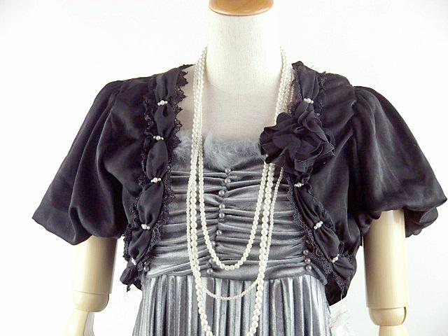 ボレロ パールの飾りが素敵なふんわりバルーン袖ボレロ コサージュ付き 黒