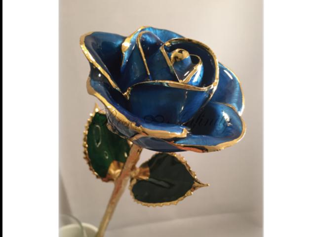 高級・特別なバラ フラワーギフト専門店 フラワーショップリズカ 24Kゴールドカラーローズ ブルー