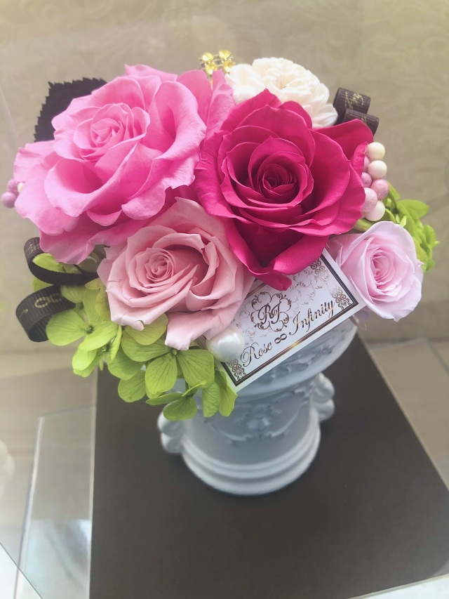 池袋 プリザーブドフラワー専門店 フラワーショップリズカ バラ ローズ 可愛い レッド ピンク オレンジ ブルー 青バラ