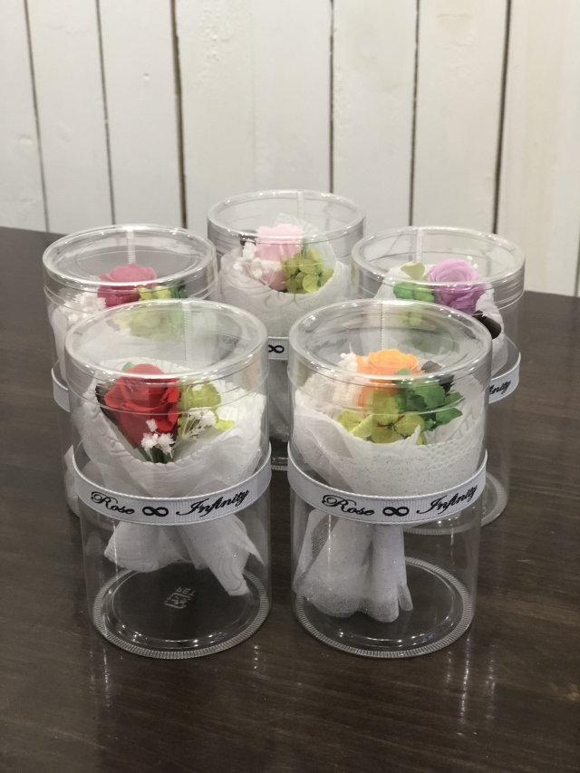 池袋 プリザーブドフラワー専門店 フラワーショップリズカ手のひらサイズの可愛い花束ブーケ