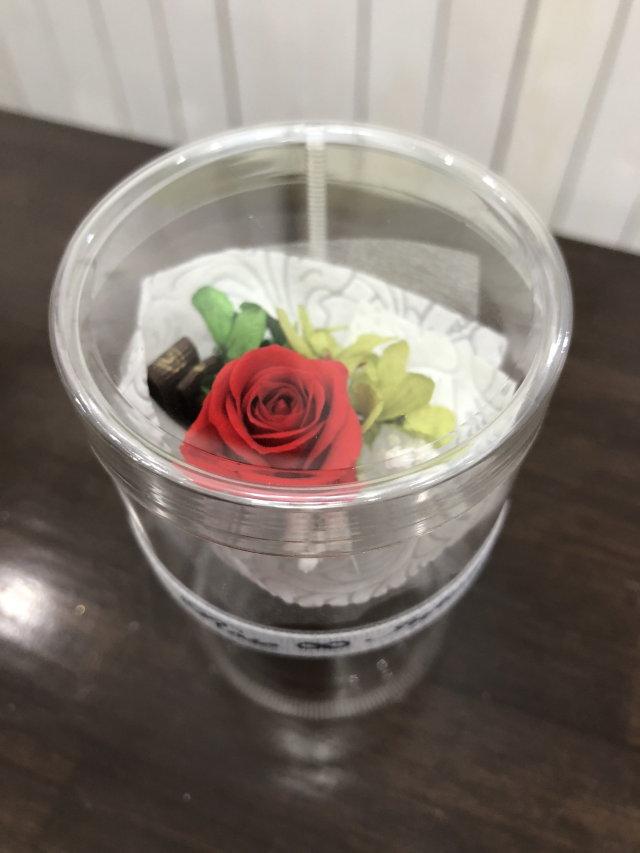 池袋 プリザーブドフラワー専門店 フラワーショップリズカ手のひらサイズの可愛い花束ブーケ レッド赤バラ