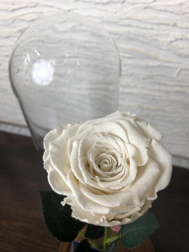 池袋 プリザーブドフラワー専門店 フラワーショップリズカ  ダイヤモンドローズ1輪 ガラスドーム