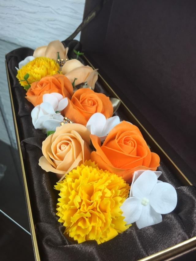 池袋 プリザーブドフラワー専門店 フラワーショップリズカ フラワーフレグランス長方形ボックスオレンジ