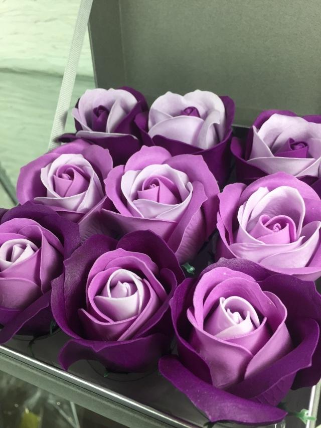 池袋 プリザーブドフラワー専門店フラワーショップリズカ フラワーフレグランスローズボックス紫