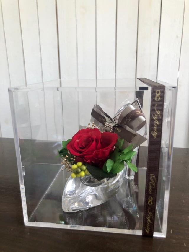 池袋 プリザーブドフラワー 専門店 フラワーショップリズカ 店舗 ガラスの靴ケース付 レッド シンデレラ