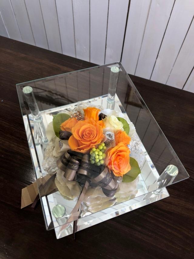 池袋 プリザーブドフラワー専門店 フラワーショップリズカガラスミラーフレームLプリザーブドフラワーオレンジ