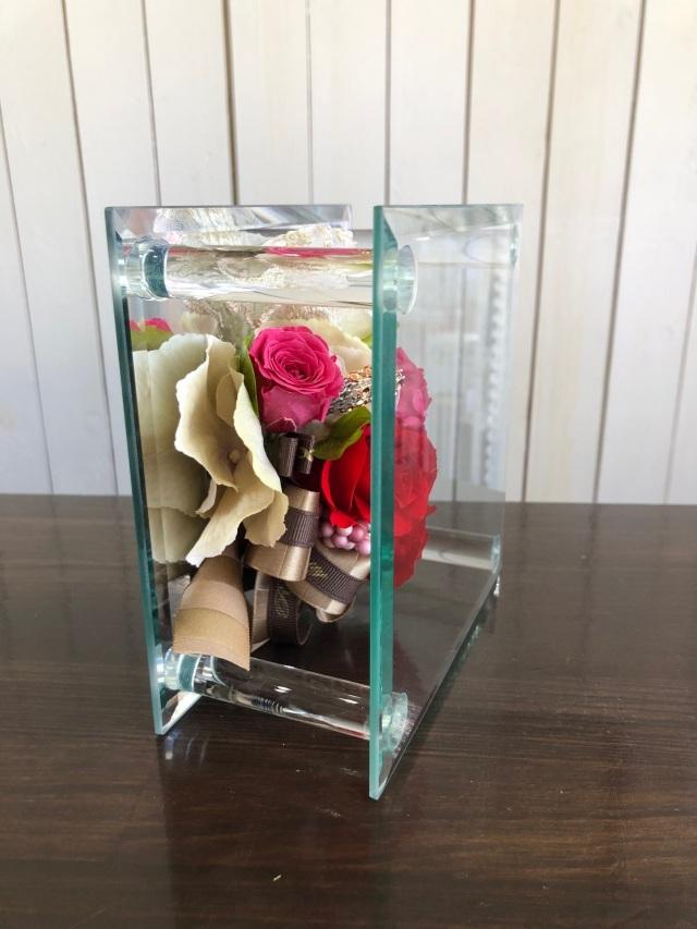 池袋 プリザーブドフラワー専門店 フラワーショップリズカガラスミラーフレームMプリザーブドフラワー レッド赤バラ