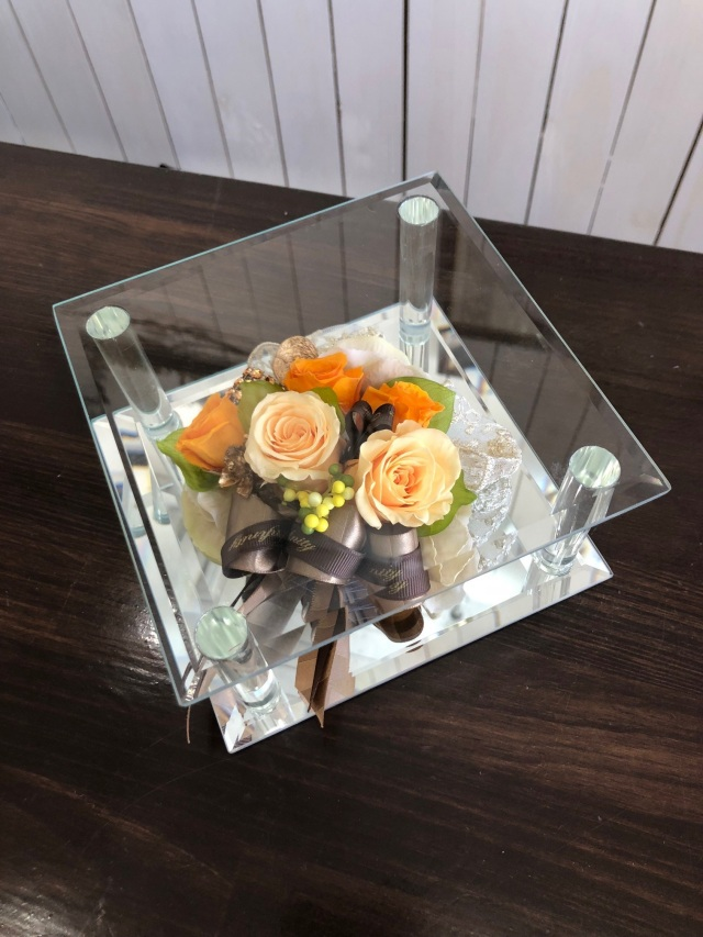 池袋 プリザーブドフラワー専門店 フラワーショップリズカガラスミラーフレームMプリザーブドフラワー オレンジ