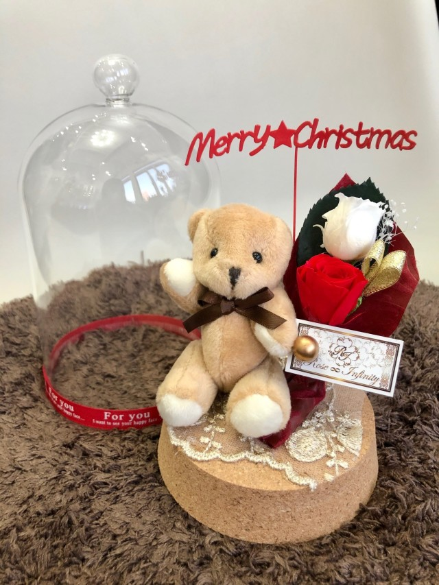 池袋 プリザーブドフラワー専門店 フラワーショップリズカ クリスマス ガラスドーム クマ ベア 可愛い 花束 赤バラ