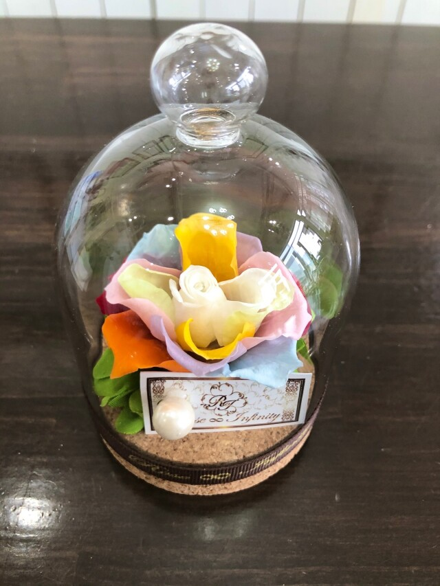 池袋 プリザーブドフラワー専門店 フラワーショップリズカ レインボーローズ 虹色 七色 クリスタル スワロフスキー社 販売