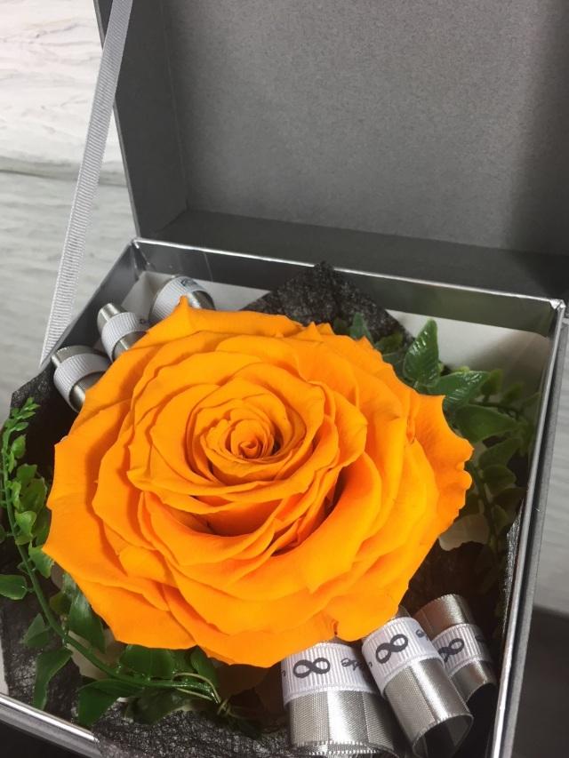池袋 プリザーブドフラワー専門店 フラワーショップリズカ リンダブライトオレンジ