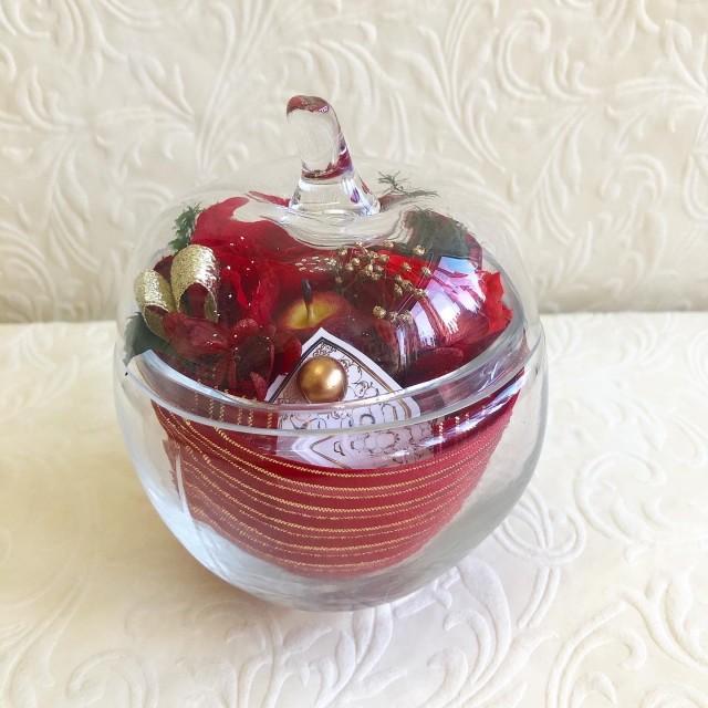 池袋 プリザーブドフラワー専門店 フラワーショップリズカ ガラス リンゴ アップル 赤 レッド