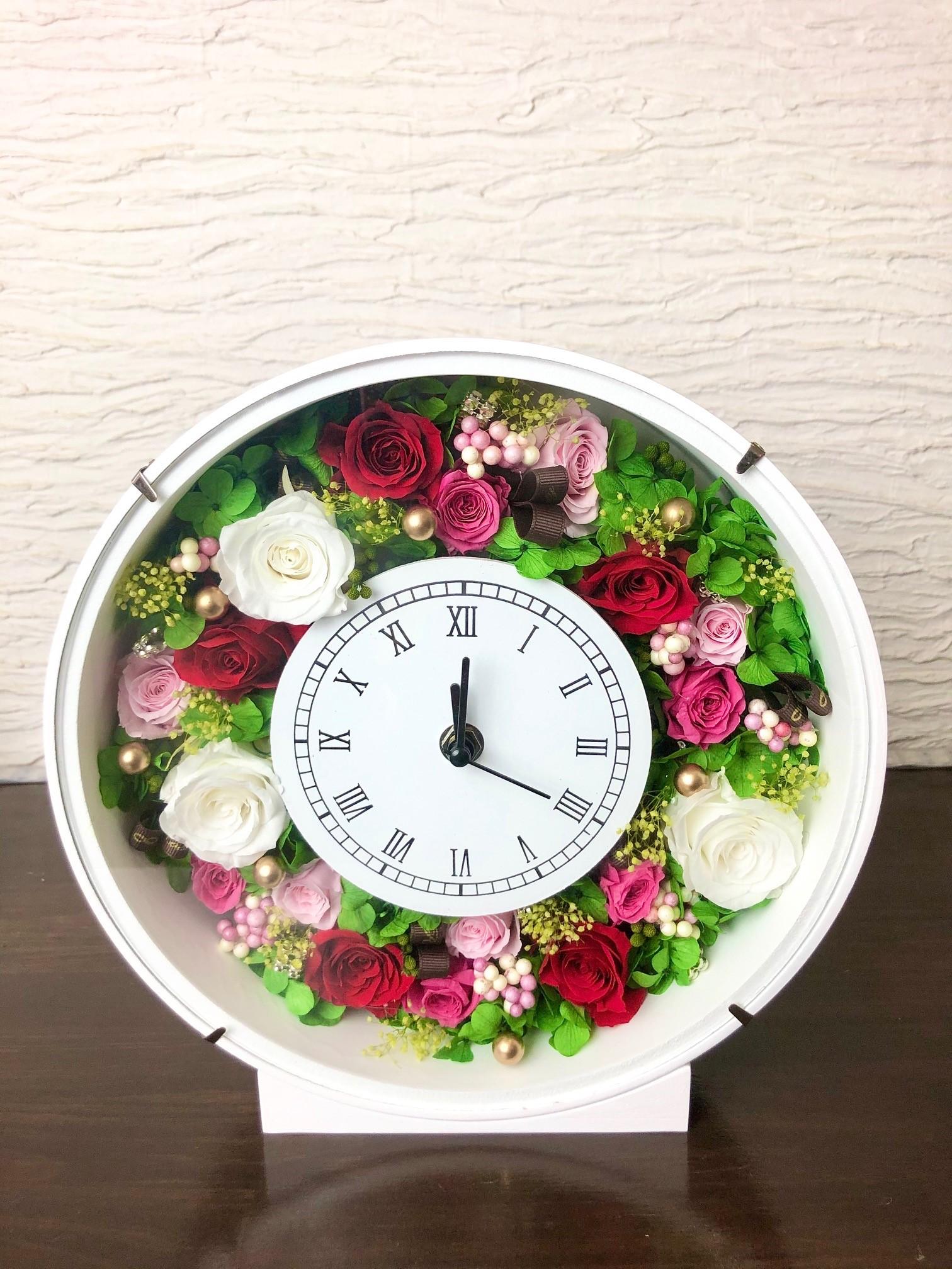 池袋 プリザーブドフラワー専門店 フラワーショップリズカ 壁掛けお花の時計 レッド ピンク