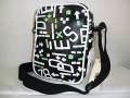 『特別価格』DIESEL(ディーゼル)ランダムロゴデザインミニショルダーバッグ(ブラック)正規品X00323 PS386 H3353