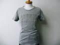 『クリアランスセール』 REPLAY(リプレイ) フロッキーロゴデザイン半袖Tシャツ(グレー) S/M