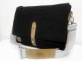 FAGUO (ファグオ) レザー使いキャンバスショルダーバッグ (ブラック) 正規品  男女兼用